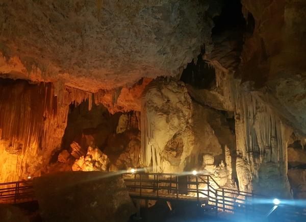 Phra Nang Nai Cave