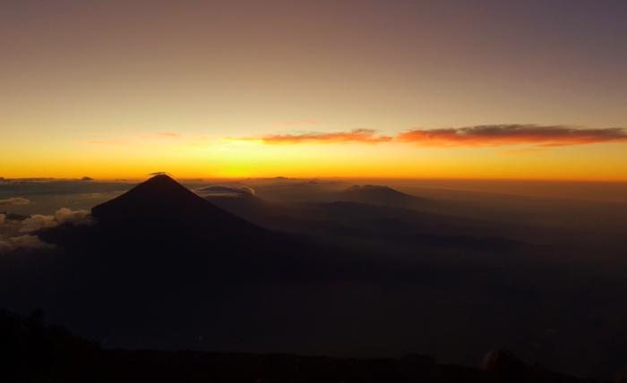Vulan Acatenango Sonnenaufgang